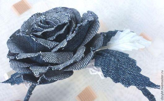 Диадемы, обручи ручной работы. Ярмарка Мастеров - ручная работа. Купить Ободок с розой из джинсы. Цветы из ткани.. Handmade. Синий