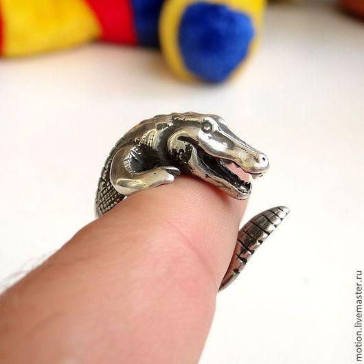 Кольца ручной работы. Ярмарка Мастеров - ручная работа. Купить Серебряное кольцо Крокодил, ручная работа из серии животные. Handmade.