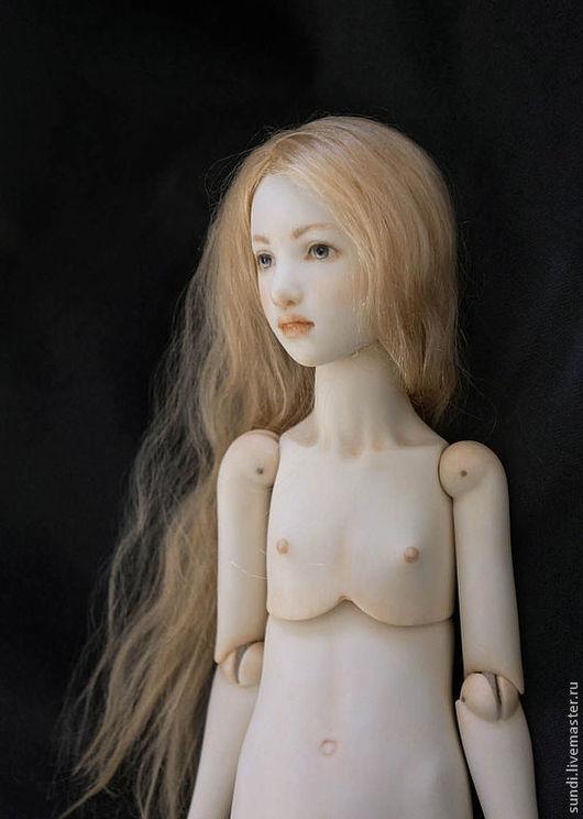 Коллекционные куклы ручной работы. Ярмарка Мастеров - ручная работа. Купить Шарнирная фарфоровая кукла Агнес. Handmade. Кремовый, шелк