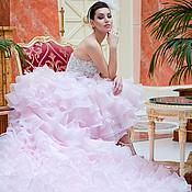 Свадебный салон ручной работы. Ярмарка Мастеров - ручная работа Розовое свадебное платье пачка AVA LUXE с длинным шлейфом. Handmade.