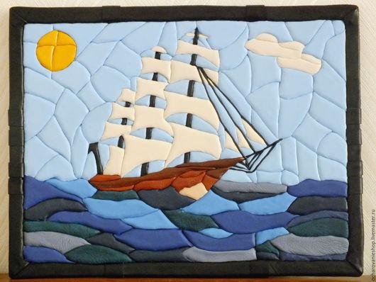 картина из кожи, панно из кожи, подарок корабль, корабль, подарок путешественнику, путешествия, море, картина море,  кожа