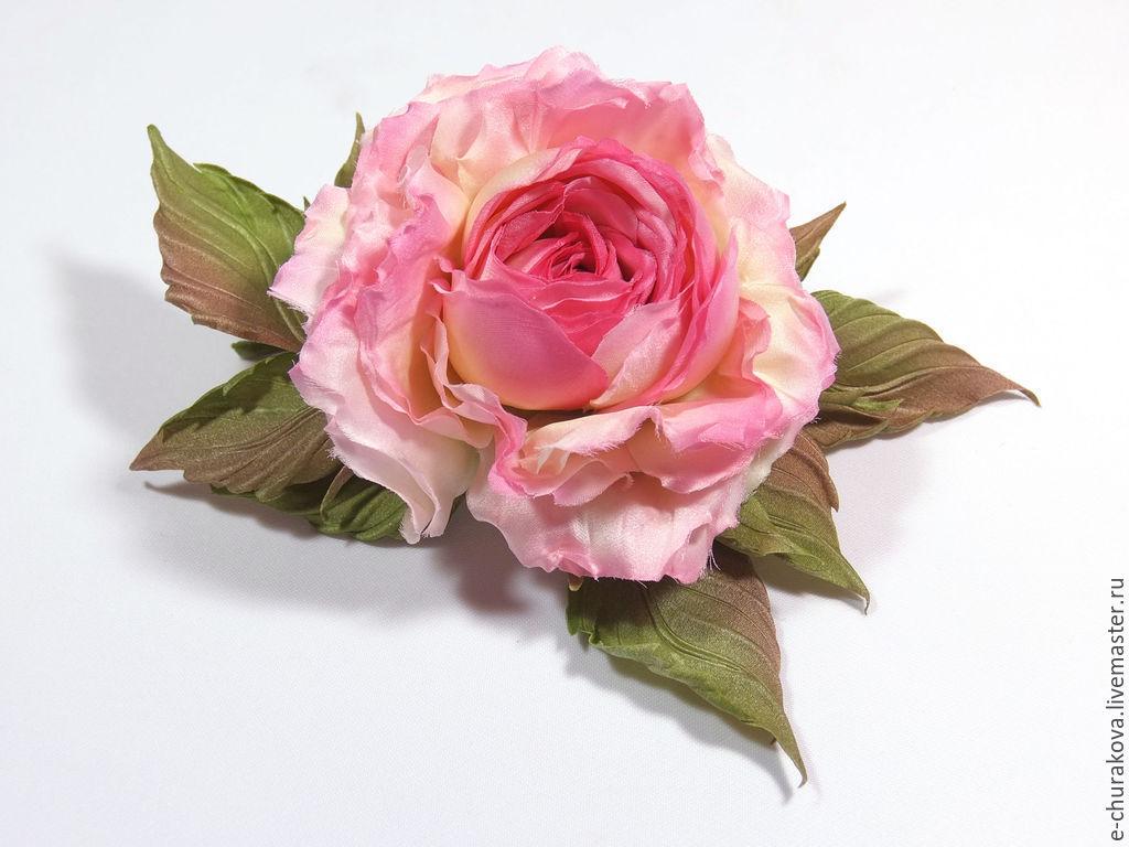 Чем украсить цветы из кожи