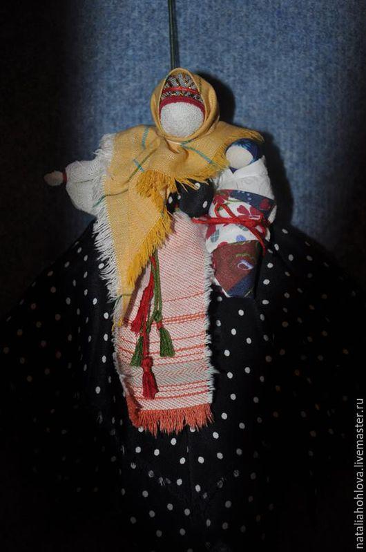 Народные куклы ручной работы. Ярмарка Мастеров - ручная работа. Купить Мамушка-нянюшка с чадом. Народная кукла. Handmade. Комбинированный