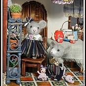 Куклы и игрушки ручной работы. Ярмарка Мастеров - ручная работа Одни дома. Кукольный дом.. Handmade.