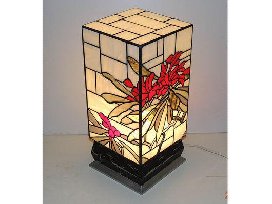 """Освещение ручной работы. Ярмарка Мастеров - ручная работа. Купить Витраж светильник """"Рододендрон (Rhododendron)"""". Handmade. Комбинированный, Витраж Тиффани"""