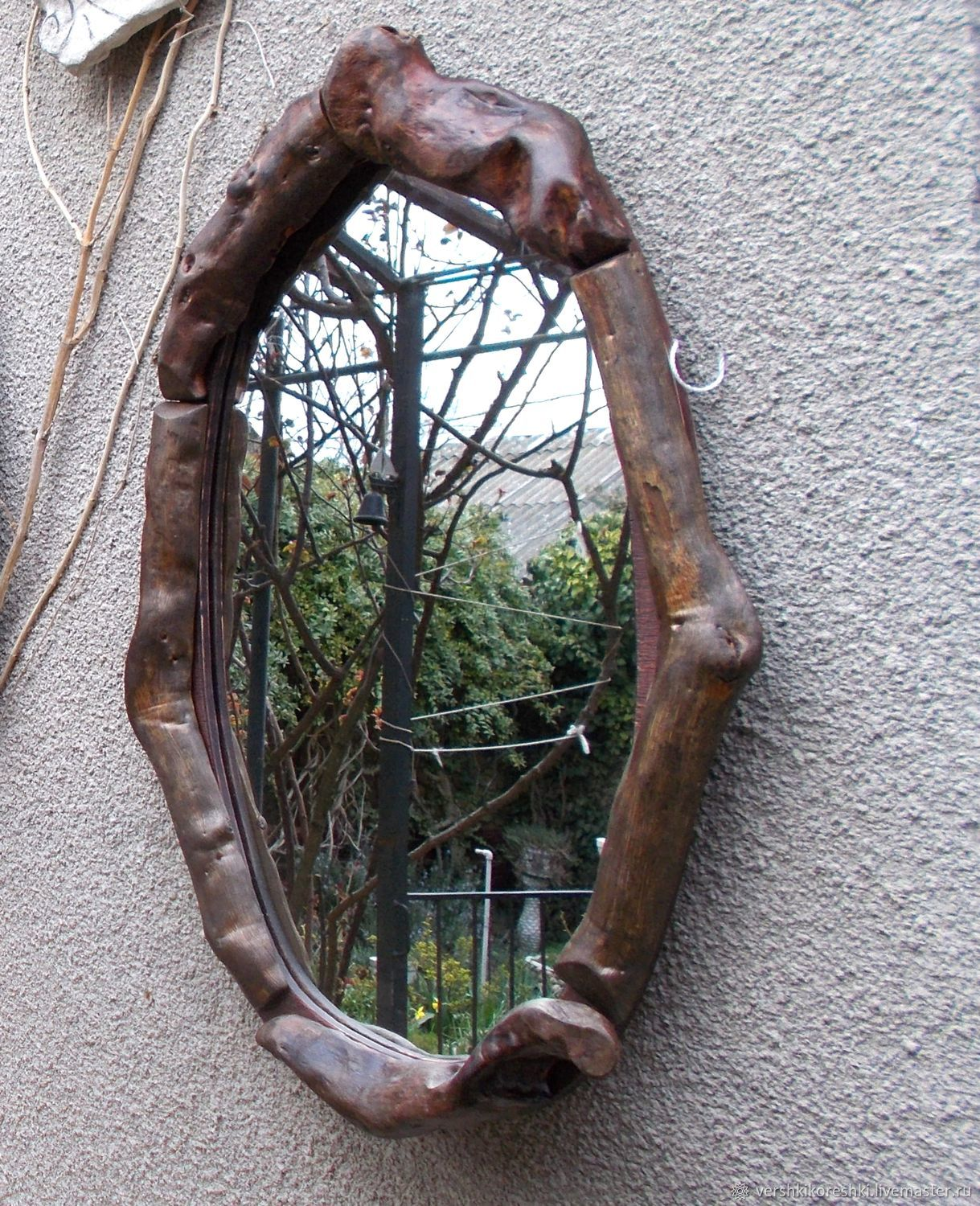 Mirror in a wooden frame, Mirror, Chernomorskoe,  Фото №1