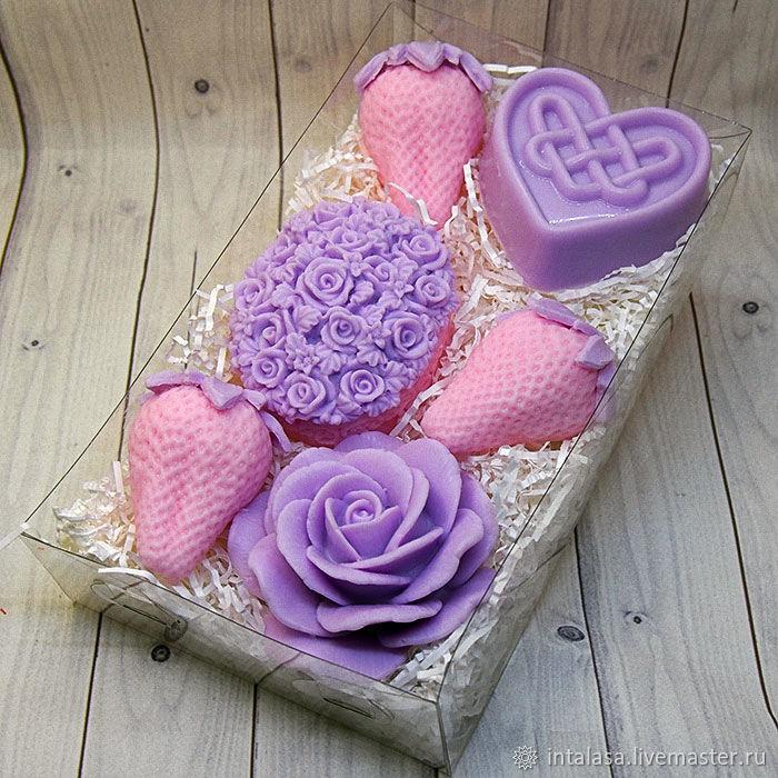 Подарочный набор мыла ручной работы с розовыми клубниками, Мыло, Москва,  Фото №1