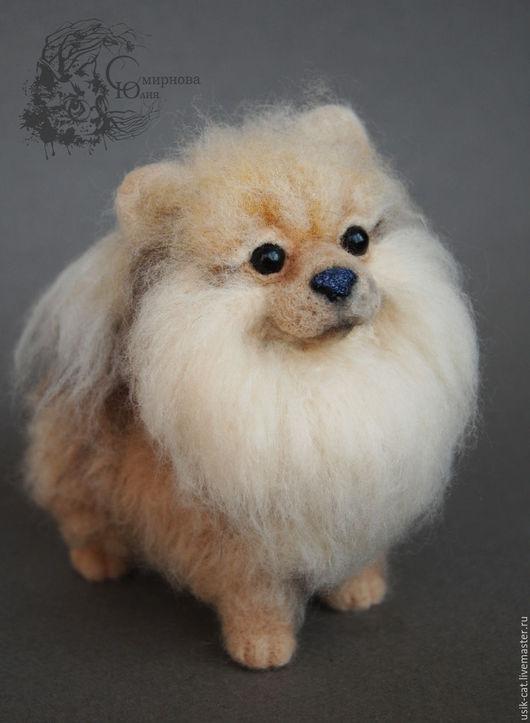Игрушки животные, ручной работы. Ярмарка Мастеров - ручная работа. Купить Интерьерная игрушка из шерсти собака шпиц. Handmade.