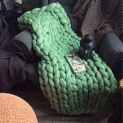 Для дома и интерьера ручной работы. Ярмарка Мастеров - ручная работа Супертолстый вязаный плед Kozaa`s Bags 80х120 см (xs) Ментол. Handmade.