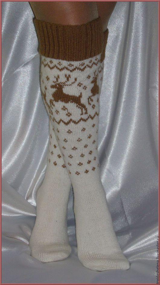 Носки, Чулки ручной работы. Ярмарка Мастеров - ручная работа. Купить Гольфы с оленями. Handmade. Разноцветный, вязание спицами