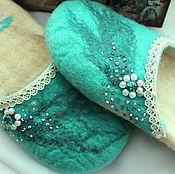 """Обувь ручной работы. Ярмарка Мастеров - ручная работа Тапки из овечьей шерсти валяные """"the snow Queen"""". Handmade."""