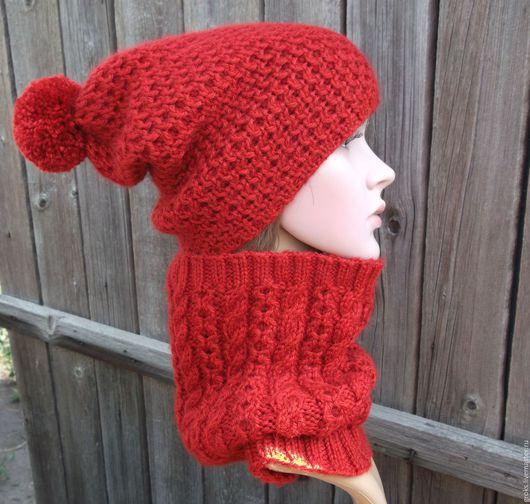 Комплекты аксессуаров ручной работы. Ярмарка Мастеров - ручная работа. Купить Красный комплект - шапка-бини с помпоном и снуд (шерсть, полушерсть). Handmade.