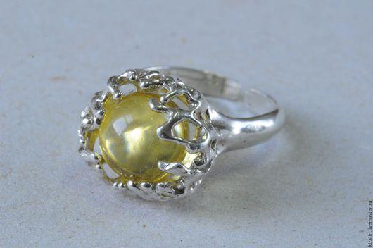 Броши ручной работы. Ярмарка Мастеров - ручная работа. Купить кольцо 20026 янтарный шар. Handmade. Янтарь, янтарный шар
