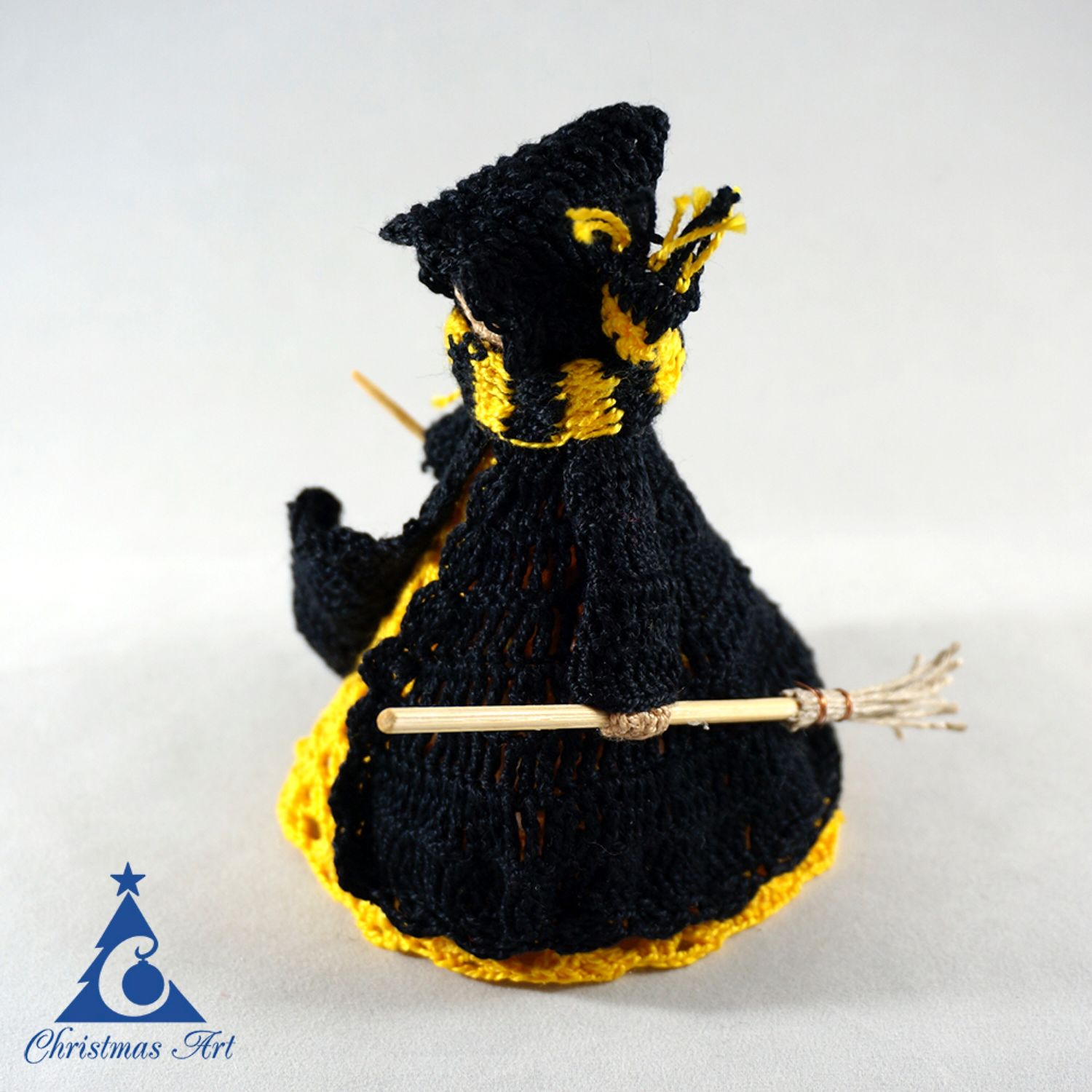 Christmas knitted toy wizard Puffendui, Christmas toy, Christmas decorations, Moscow,  Фото №1