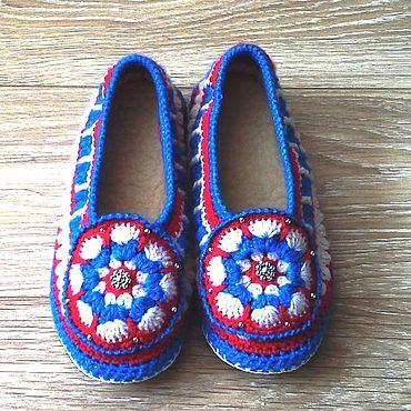 Обувь ручной работы. Ярмарка Мастеров - ручная работа Вязаные тапочки Росиянка на кожаной подошве. Handmade.