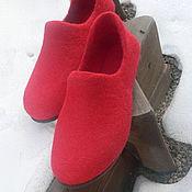 """Обувь ручной работы. Ярмарка Мастеров - ручная работа """"Красные"""" тапочки валяные. Handmade."""