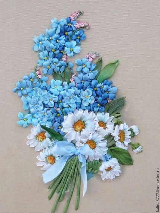 Картины цветов ручной работы. Ярмарка Мастеров - ручная работа. Купить Картина вышитая лентами Очарование незабудок (голубой белый). Handmade.