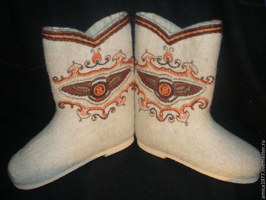 """Обувь ручной работы. Ярмарка Мастеров - ручная работа. Купить Мужские вышитые валенки """"Бентли"""". Handmade. Белый, bentley"""