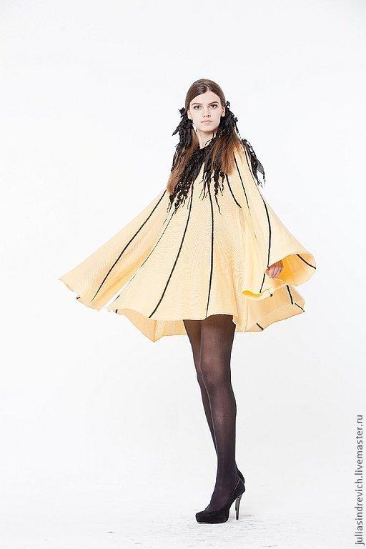BB_034 Платье-блузон ЛМ с длинным рукавом, с черной отделкой из ЮЛЫ, цвет шампанское с черными прожилками, 50% мериносовая шерсть, 50% акрил, отделка натуральный шелк.