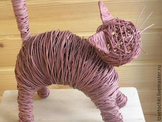 Статуэтки ручной работы. Ярмарка Мастеров - ручная работа. Купить Кошка из ротанга. Handmade. Коричневый, киска, подарок на любой случай