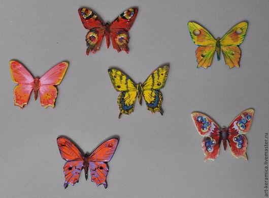Магниты керамические Бабочки. Возможно изготовление бабочки любой расцветки и формы(по желанию заказчика). Цена стандартная за одну штуку, изменяется в зависимоти от сложности формы и узора!