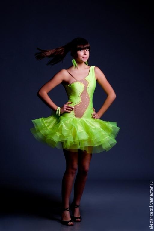 """Танцевальные костюмы ручной работы. Ярмарка Мастеров - ручная работа. Купить Платье для бальных танцев (латина) """"Limy"""". Handmade. Салатовый"""