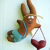 Куклы и игрушки ручной работы. Ярмарка Мастеров - ручная работа Влюбленный крылатый заяц. Handmade.