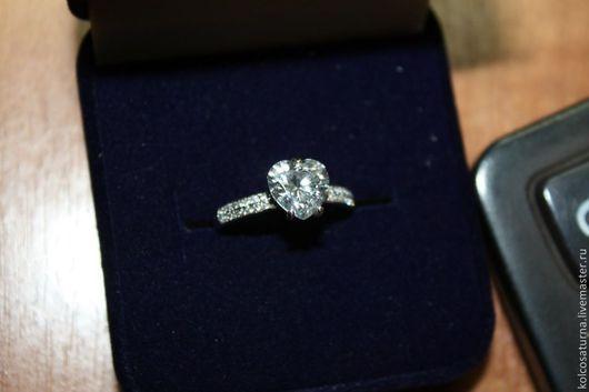 """Кольца ручной работы. Ярмарка Мастеров - ручная работа. Купить Венчальное кольцо с камнем """"Сердце"""". Handmade. Венчальное кольцо, белый"""