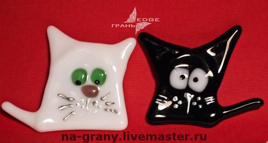 """Магниты ручной работы. Ярмарка Мастеров - ручная работа. Купить магнит """"черная кошка, белый кот"""". Handmade. Магнит, кошка"""