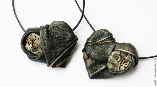 """Кулоны, подвески ручной работы. Ярмарка Мастеров - ручная работа. Купить Кулоны для пар """"Сердце Форальберга"""". Handmade. Черный"""