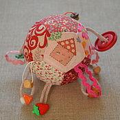 Куклы и игрушки ручной работы. Ярмарка Мастеров - ручная работа Сенсорный мячик для малышей. Handmade.