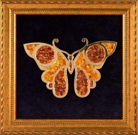 Картина из янтаря `Бабочка`. Панно из янтаря `Бабочка`. Подарок женщине, подарок девушке, подарок на 8 марта. Янтарный сувенир. Символ любви и радости по фен-шуй (фэн-шуй). Коллекция.