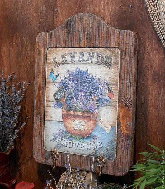 Вешалка-панно для ключей или полотенец. Для кухни или прихожей. Массив сосны.`LedaksDecor`- для уютного дома.