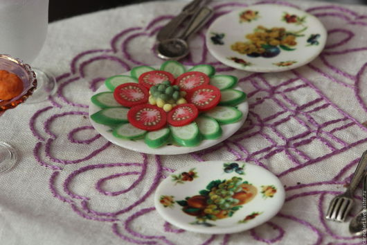 Еда ручной работы. Ярмарка Мастеров - ручная работа. Купить Огуречная и помидорная нарезка из полимерной глины. Handmade. Салатовый