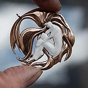 """Украшения ручной работы. Ярмарка Мастеров - ручная работа Кулон из бронзы """"С волосами цвета бронзы"""". Handmade."""