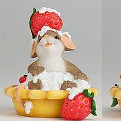 """Материалы для творчества handmade. Livemaster - original item Силиконовая форма для мыла  """"Мышка в пирожном с клубничкой"""". Handmade."""