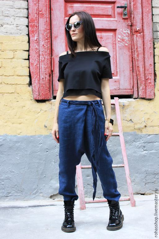 R00012 ультрамарин брюки из льна синие брюки модные брюки с мотней штаны с мотней льняные брюки стильные брюки дизайнерские брюки красивые брюки городской стиль свободные брюки синие брюки