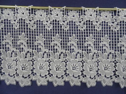 """Текстиль, ковры ручной работы. Ярмарка Мастеров - ручная работа. Купить Кружевной ламбрекен """"Цветочный вальс"""". Handmade. Немецкий хлопок"""