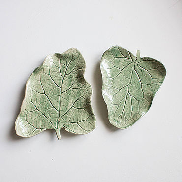 Посуда ручной работы. Ярмарка Мастеров - ручная работа Тарелки: тарелки керамические Лист. Handmade.