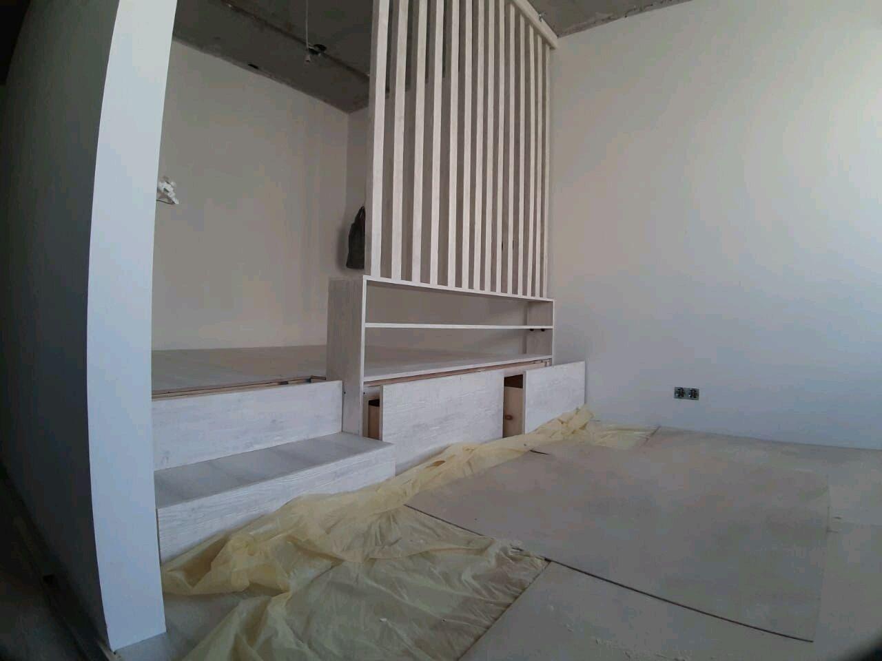 Кровать подиум в маленькую квартиру, Кровати, Москва, Фото №1