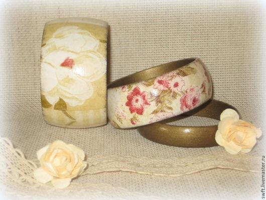 комплект кремовый оливковый бежевый романтичный красивый женский недорогой деревянный браслет роза подарок недорого что подарить девушке женщине сестре подруге маме жене 8 марта день рождения дерево