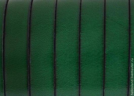 Для украшений ручной работы. Ярмарка Мастеров - ручная работа. Купить Кожаный шнур плоский 10 мм, зеленый. Handmade.