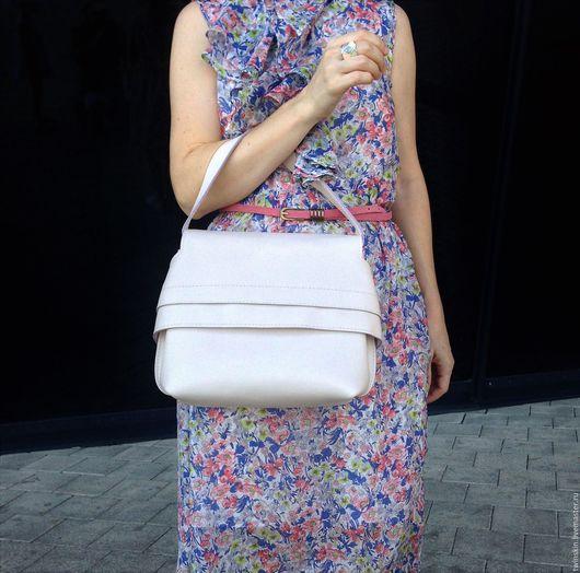 Сумка кожаная женская, Донна, белая, из натуральной кожи, сумка с крышкой, натуральная сумка, сумка кожаная, сумка из кожи. TwinSkin, сумки ручной работы. Ярмарка Мастеров