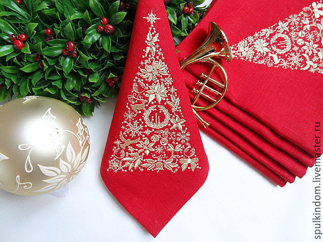 Новогодние вышивки салфетка