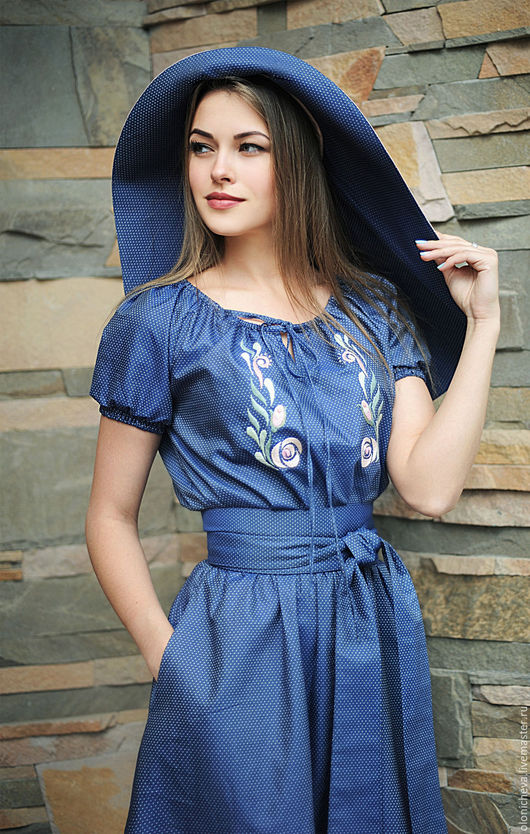 """Платья ручной работы. Ярмарка Мастеров - ручная работа. Купить Вышитое платье со шляпой """"Нежный бутон"""". Handmade. Голубой"""