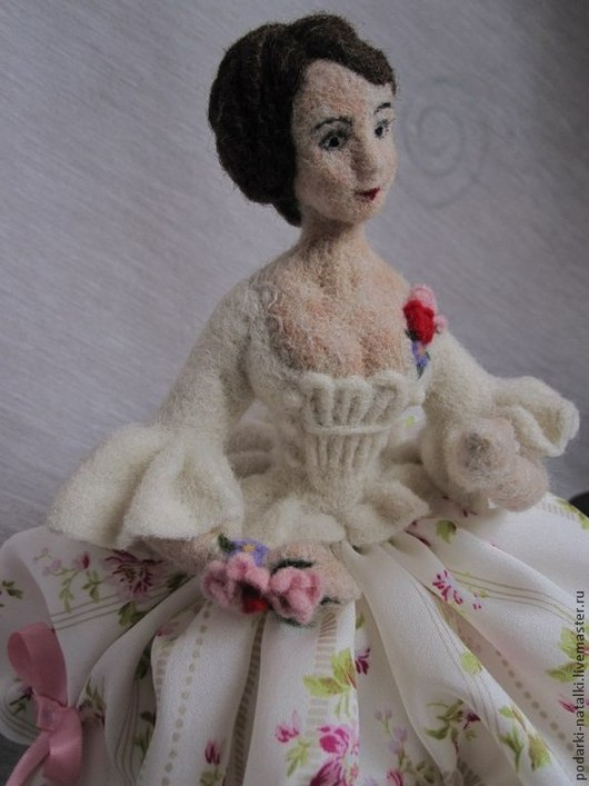 """Коллекционные куклы ручной работы. Ярмарка Мастеров - ручная работа. Купить Кукла-половинка """"Игольница"""". Handmade. Кукла ручной работы"""