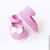 Работы для детей, handmade. Livemaster - original item booties sandals for girls, knitted booties pink. Handmade.