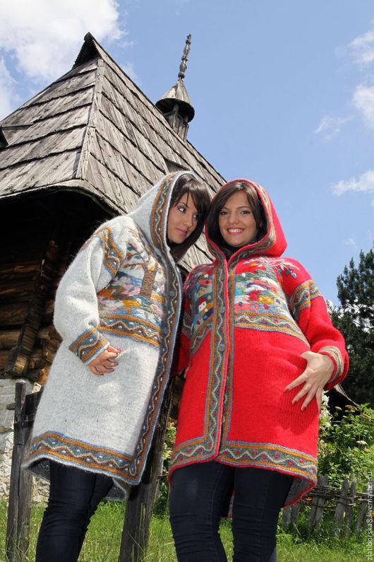 `Виды Сербии`  Модель 3789 слева, модель 3862 справа, заказать можно в двух цветах