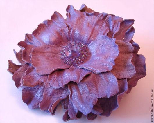 """Броши ручной работы. Ярмарка Мастеров - ручная работа. Купить брошь-цветок """"Сиреневый перламутр"""". Handmade. Сиреневый, цветы в украшении"""