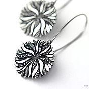 Украшения ручной работы. Ярмарка Мастеров - ручная работа Хризантема - длинные серьги из серебра с цветами. Handmade.